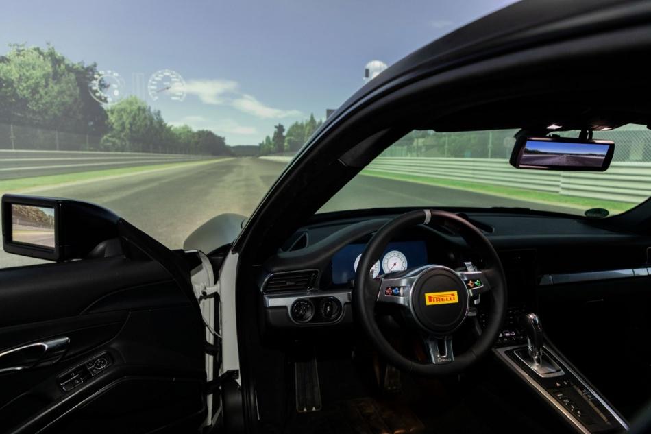 Pirelli simulator 3.jpg